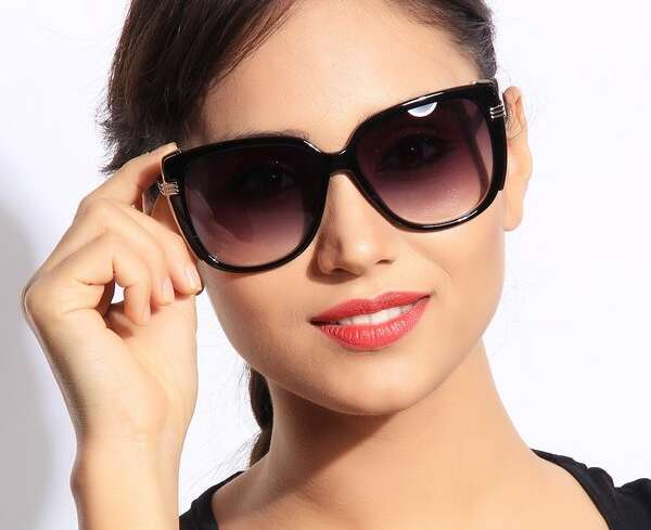Очки – как модный аксессуар. Подбираем солнцезащитные очки.